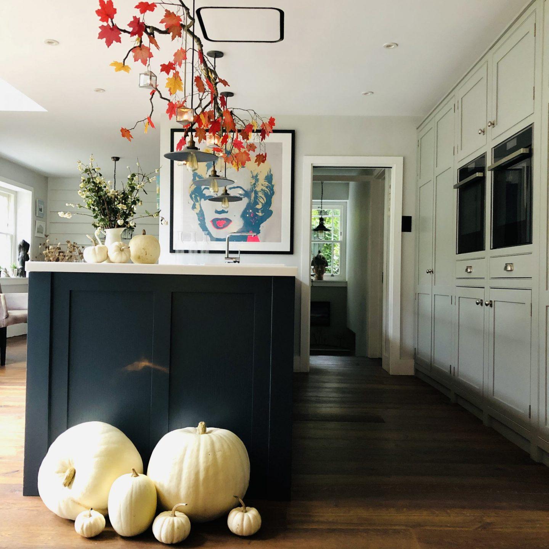 Kitchen peninsula in autumn