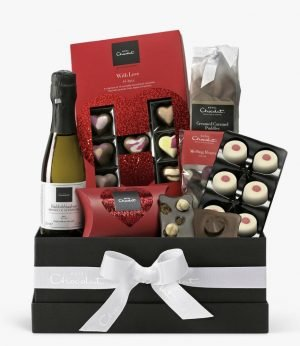Hotel Chocolat The Way To Your Heart Valentine's Hamper. *
